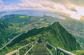 Visit Hawaii, Oahu - Haiku Stairs